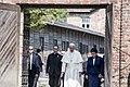 Premier Szydło i papież Franciszek w Muzeum Auschwitz-Birkenau.jpg