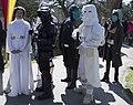 Prinses Leia met gevolg. Star Wars, Elfia 2013 Haarzuilens (8674593571).jpg