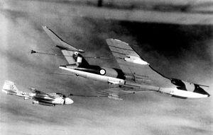 No. 55 Squadron RAF - A 55 Sqn Victor K1 refuels a US Navy KA-6D Intruder from VA-65, in 1971.