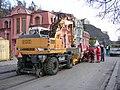 Rašínovo nábřeží, kolejový stroj Liebherr.jpg