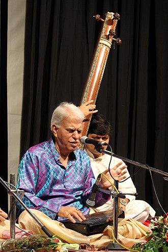 Rajan and Sajan Mishra - Rajan Mishra performing at Bharat_Bhavan Bhopal (July 2015)