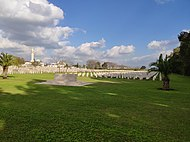 Ramla British military cemetery 2.jpg