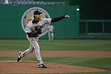 Randy Johnson joins 300 win club.jpg