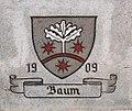 Ravensburg Engel-Apotheke Wappen 3 Baum.jpg