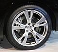 Rear tire and wheel of NISSAN FUGA 370GT Type S.jpg