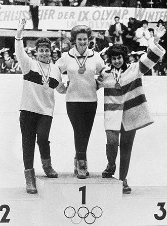 Figure skating at the 1964 Winter Olympics - Left-right: Regine Heitzer, Sjoukje Dijkstra, Petra Burka