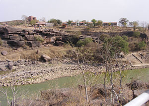 Betwa River - River Betwa close to the 11th century Bhojeshwar Temple at Bhojpur, Madhya Pradesh