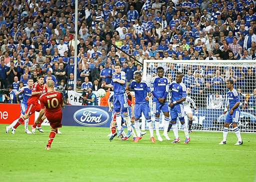 Robben free kick Champions League Final 2012