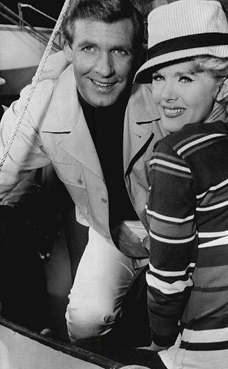 Wendy and Me - Ron Harper and Connie Stevens as Jeff and Wendy Conway.