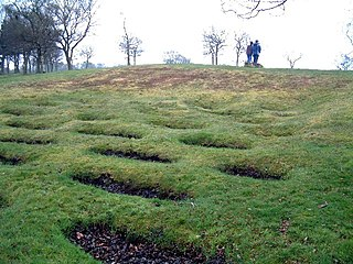 Lilia defensive pit traps used by Roman armies