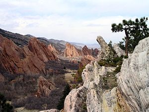 Geology of the Rocky Mountains - Tilted slabs of sedimentary rock in Colorado