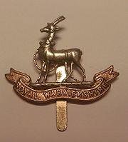 Royal Warwickshire Regiment Cap Badge.jpg