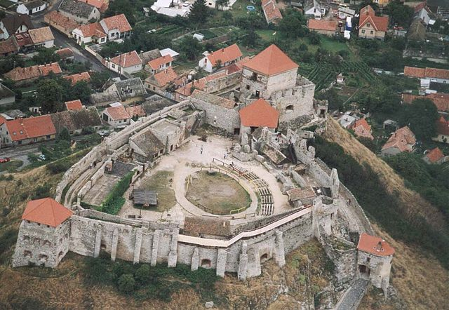 Castillo de Sümeg