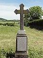 Saint-Médard (Moselle) croix de chemin.jpg