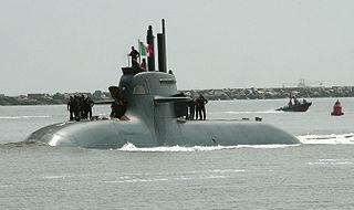 Italienisches Boot Salvatore Todaro