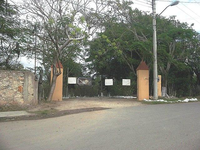 Archivo san marcos nocoh yucat n 01 jpg wikipedia la for Puerta 8 san marcos