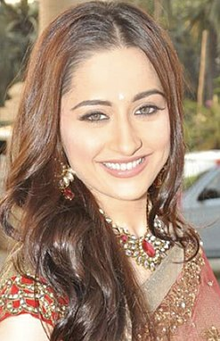 Sanjeeda at STAR Plus Dandia Shoot2 (cropped).jpg