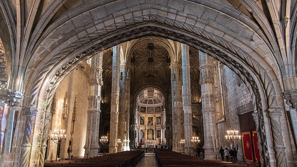 A l'intérieur de l'église Sainte-Marie de Belem à Lisbonne - Photo de Scott Dexter