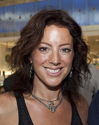 Sarah McLachlan - McLachlan after a performance at John F. Kennedy International Airport in New York City (2010)