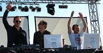 Sasha (Welsh DJ) - Sasha (left) on stage with Duncan Forbes (center) and Charlie May (right) of Spooky.