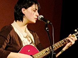 Sharon Van Etten in concerto
