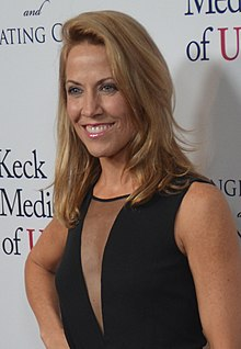 Sheryl Crow - November 2014 (cropped).jpg