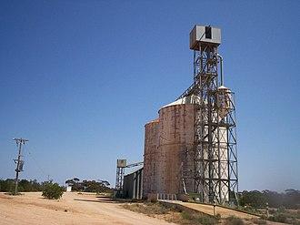 Merrinee, Victoria - Defunct silo in Merrinee.