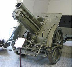 Skoda 15 cm field howitzer M1914.jpg