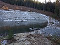 Small pond, partially frozen over - panoramio.jpg