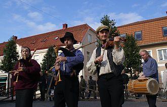 Spelman (music) - Spelmän playing in Jönköping, Sweden