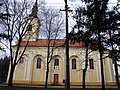 Srpska pravoslavna crkva Uspenja Bogorodice u Perlezu - južna fasada.jpg