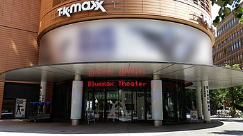 Bluemax Theater am Potsdamer Platz mit der Blue Man Group
