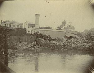 William Pettigrew - Pettigrew's Sawmill inundated with floodwater, Brisbane, 1893