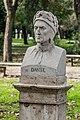 Statue of Dante Alighieri.jpg
