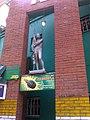 Statuo de junpioniro ĉe baro en Tomsko.jpg