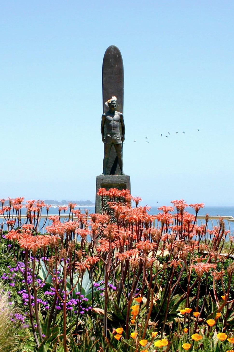 Surfer Memorial, Sta. Cruz
