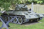 T-34-76 (Model 1942) – Victory Park, Moscow (37965397984).jpg