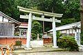 Takamahiko-jinja torii.JPG