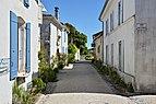 Talmont-sur-Gironde 17 Rue du Port 2013.jpg