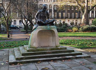 Tavistock Square - Gandhi statue