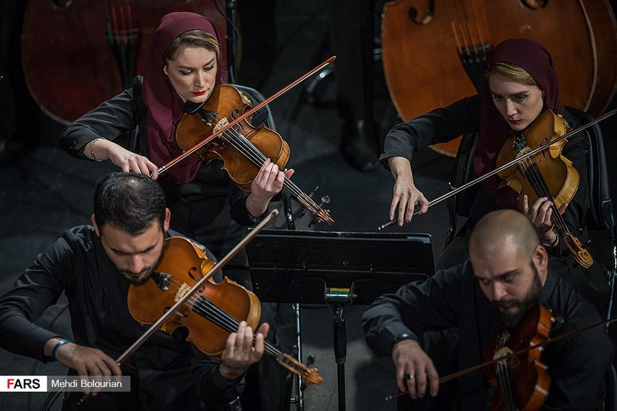 Tehran Symphony Orchestra Performs at Vahdat Hall 5 (2018-11-14).jpg