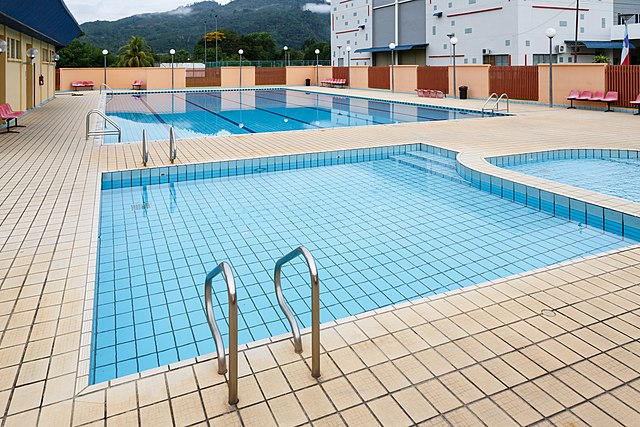 Tenom Malaysia  City pictures : English: Tenom, Sabah, Malaysia: The outdoor swimming pool at Tenom ...