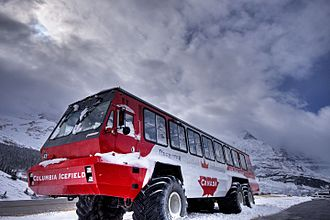 Columbia Icefield - Athabasca Glacier snow coach