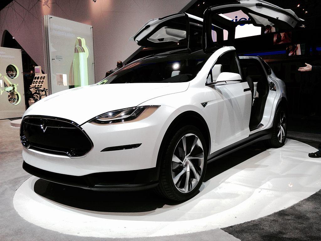 Tesla Model Y Wikipedia: File:Tesla Model X Front View (16042113157).jpg