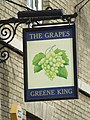 The Grapes pub sign - geograph.org.uk - 720952.jpg
