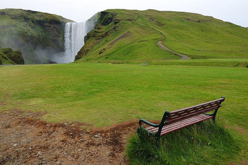 File:The park bench (2669222928).jpg