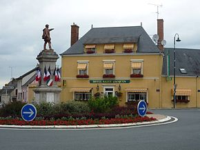 Thorigne-sur-due Monument Hotel.jpg