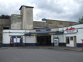 Tolworth station building 2012.JPG