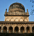Tomb of Abdullah Qutb Shah in Hyderabad W IMG 4490.jpg