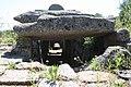 Tomba dei Giganti di Coddu Ecchiu (o Capichera), parte psteriore della camera megalitica - panoramio.jpg